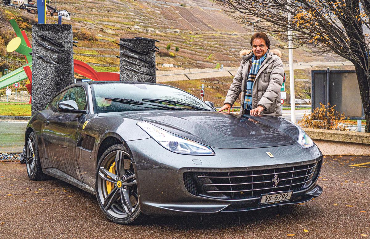 «C'est moins excitant d'être au fond d'un bus qu'au volant d'une Ferrari»